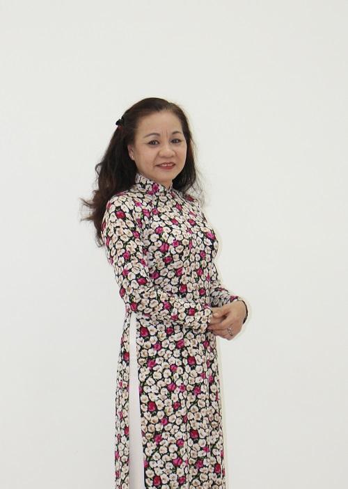 Cô Hoàng Lê Mai