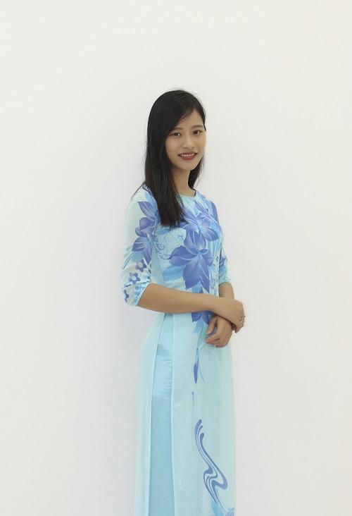 Cô Huỳnh Thị Thu Nga