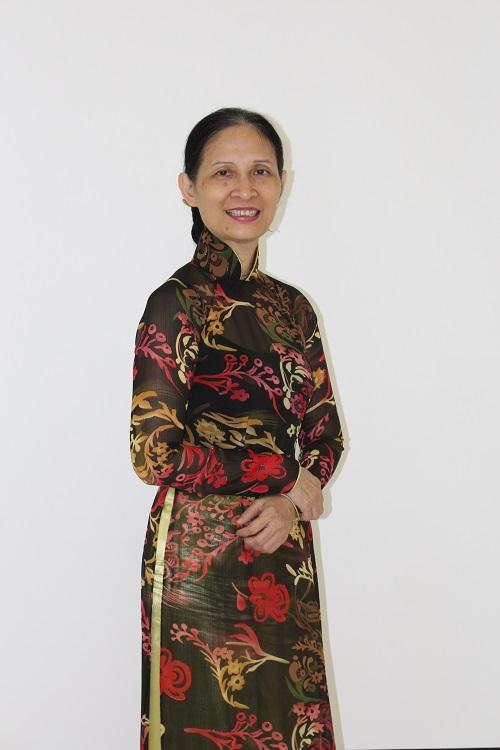 Cô Mạc Thị Ngọc Loan
