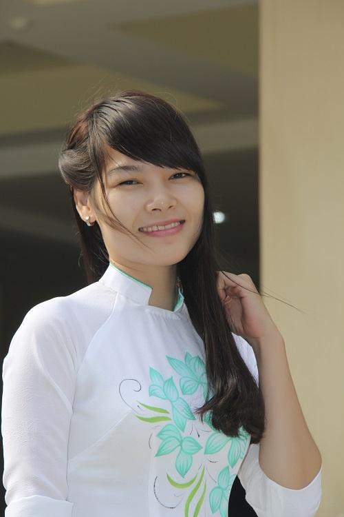 Cô Nguyễn Thị Thúy Nguyệt